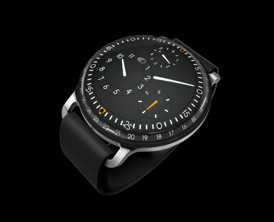 RESSENCE_TYPE_3_PERSPECTIVE_black